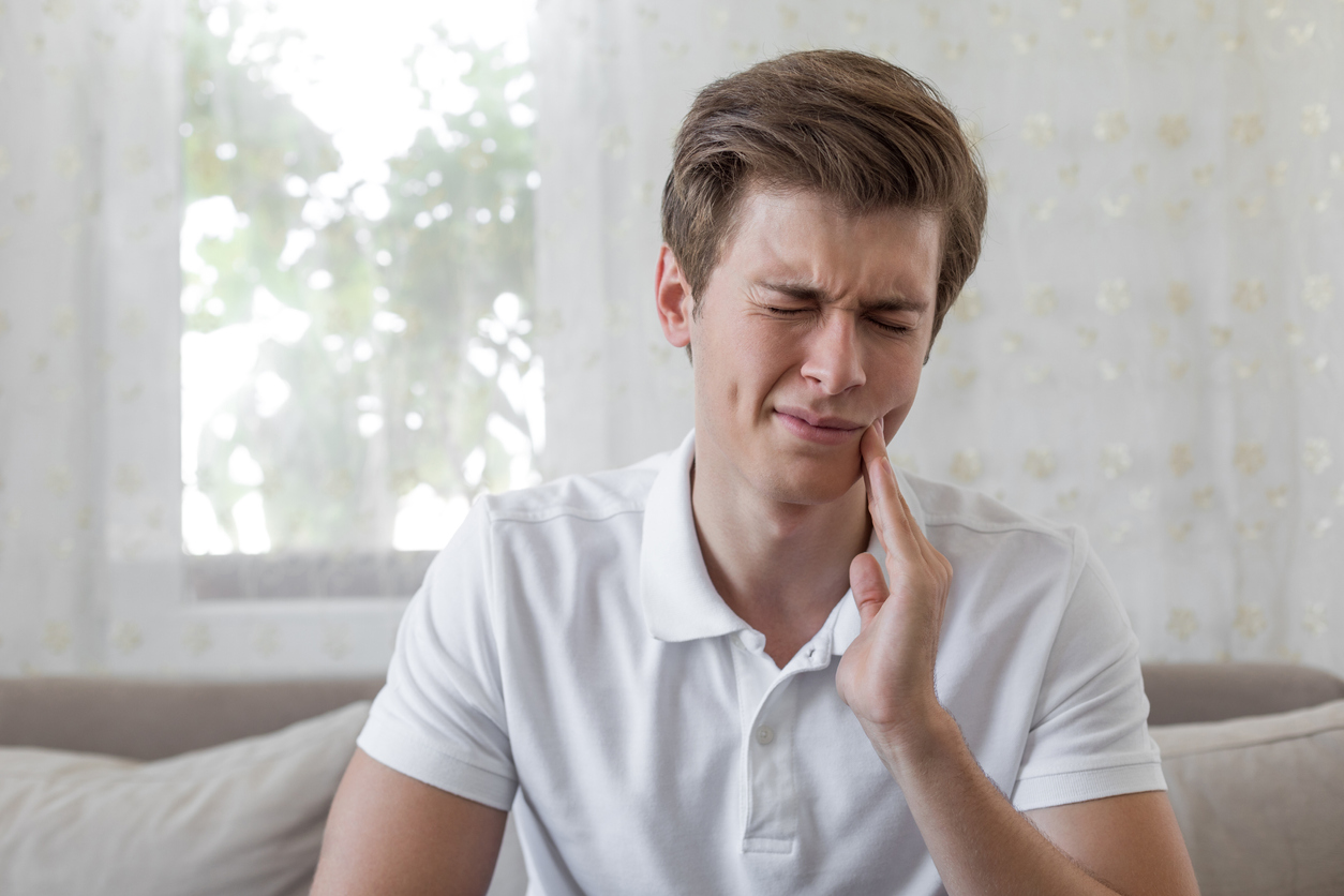 Why Do My Teeth Hurt in Winter?